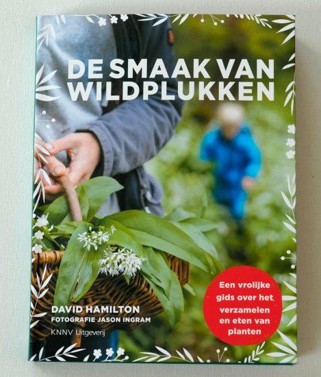 Wildpluk-tips: De Smaak van Wildplukken. wildplukken, boeken, tips, eetbare planten en bloemen zoeken