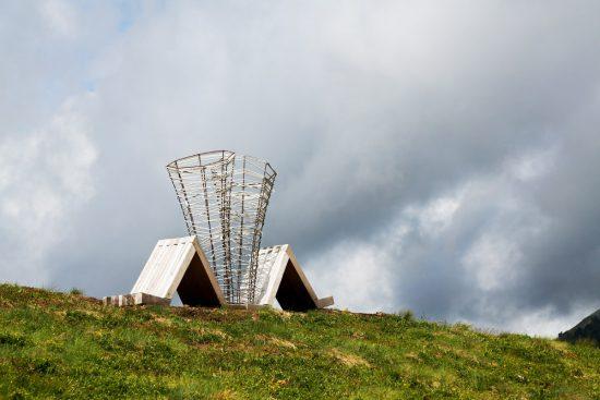 Kunst ademen tijden het wandelen: Respirart, duurzaam reizen, rondreis Trentino, Italie