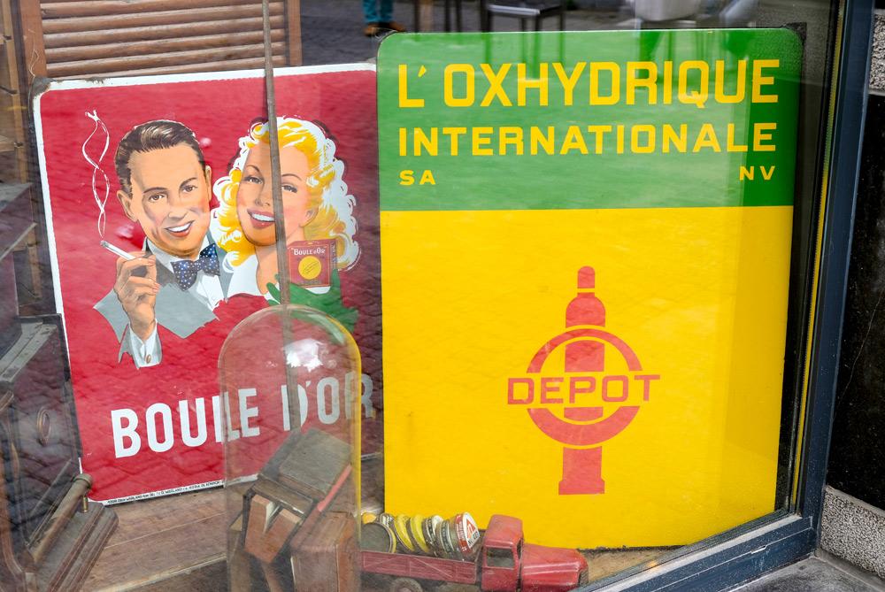 Winkelen in de tweedehands winkels van Namen. duurzame stedentrip namen, Belgie, Namur, duurzame, weekendje weg, vintage, tweedehands, winkels