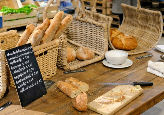 Vers biologisch brood bij BE O Versmarkt in Gent. Gent, Belgie, stedentrip, weekendje weg, vegan, vegetarisch, restaurants, tips, veggie hoofdstad