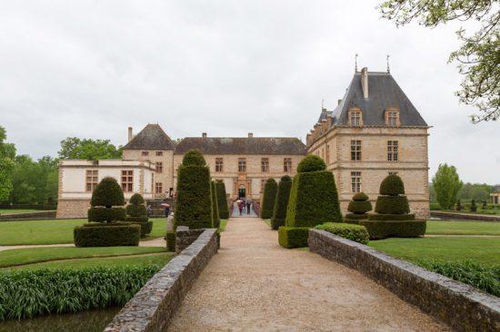Het kasteel van Cormatin, tijd om even van de fiets te stappen, Fietsen in de Bourgogne, Frankrijk