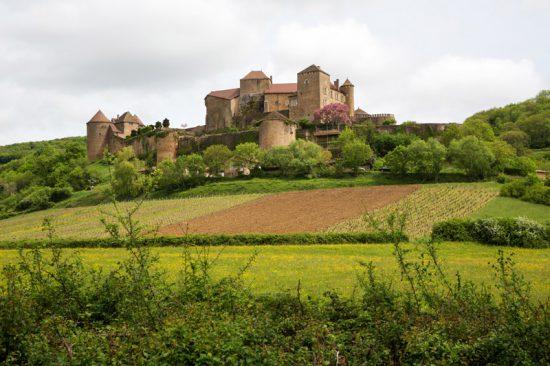 Fietsen langs wijndorpen en kastelen in de Bourgogne, Frankrijk, Fietsen in de Bourgonge, Frankrijk