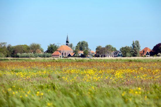 Het dorpje Graft in Noor-Holland. boottocht Eilandspolder, Noord-Holland, Nederland, varen, boottoer, excursie, boot