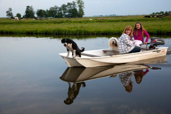 Er zijn meer mensen die graag varen in de Eilandspolder. polder, polders, boottocht Eilandspolder, Noord-Holland, Nederland, varen, boottoer, excursie, boot