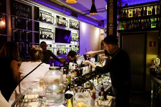 Cocktailbar Premier Sherry is een mooie en lekkere afsluiter van de food tour. Stedentrip Sevilla, Spanje, Seville, city trip