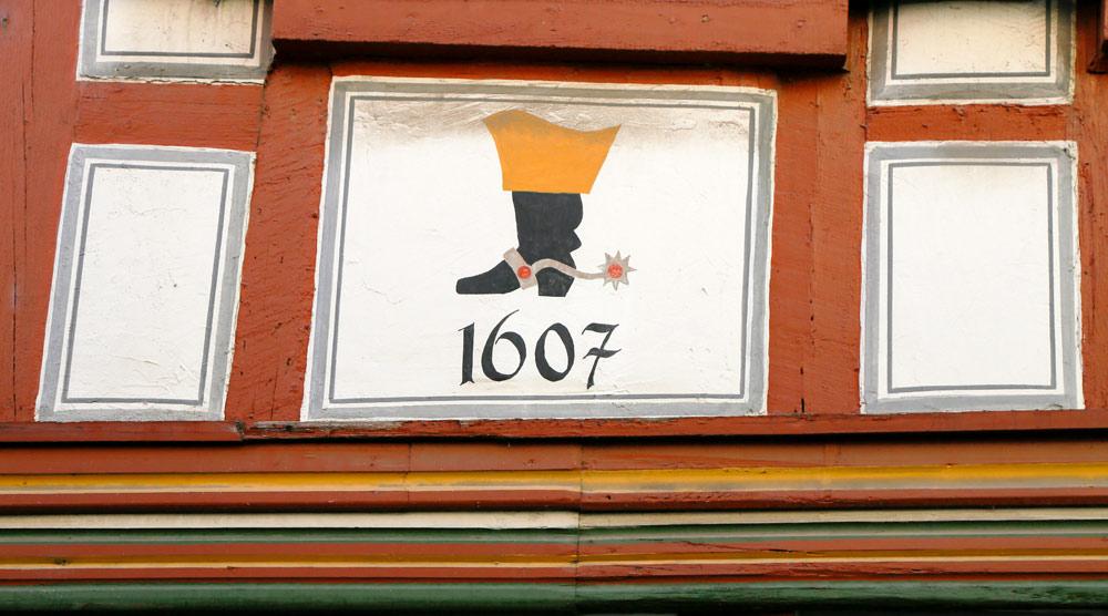 Let op de details op de huizen in Ladenburg, Duitsland. Fietsvakantie Die Bergstrass, Heidelberg, Duitsland, fiets, fietsroute, rondreis, standplaats