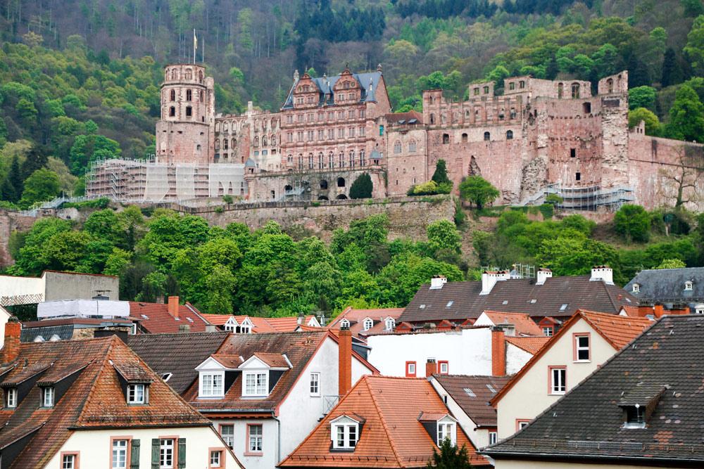 Ontdek het romantische verhaal van dit slot in Heidelberg. Fietsvakantie Die Bergstrass, Heidelberg, Duitsland, fiets, fietsroute, rondreis, standplaats