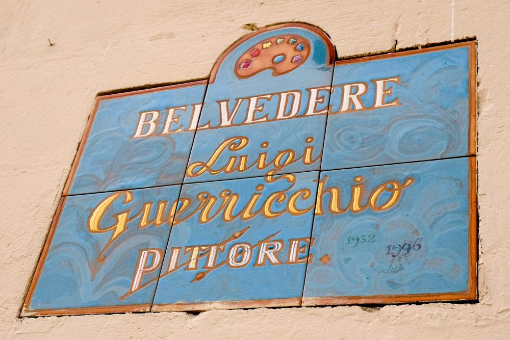 Een van de uitzichtpunten over de sassi van Matera. Rondreis Basilicata, Italie, langs Matera en ankele andere stadajes in de Kleine Dolomieten van Lucarna