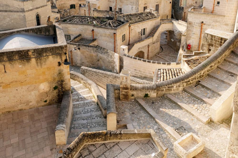 Zelfs Google maps raakt de weg kwijt in de sassi. Rondreis Basilicata, Italie, langs Matera en ankele andere stadajes in de Kleine Dolomieten van Lucarna