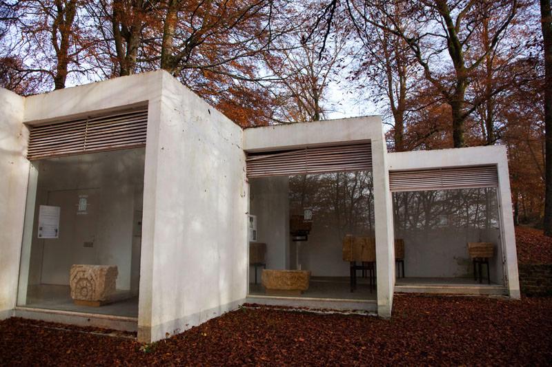 Kunst kijken in Montauban. Rondreis La Gaume, Wallonie, Belgie, hotspots, bezienswaardigheden, roadtrip