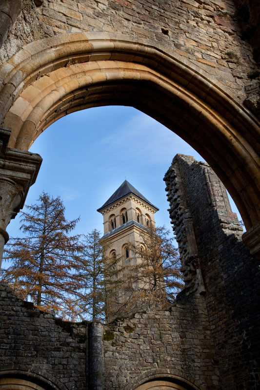 De Abbaye van Orval in Wallonië. Rondreis La Gaume, Wallonie, Belgie, hotspots, bezienswaardigheden, roadtrip