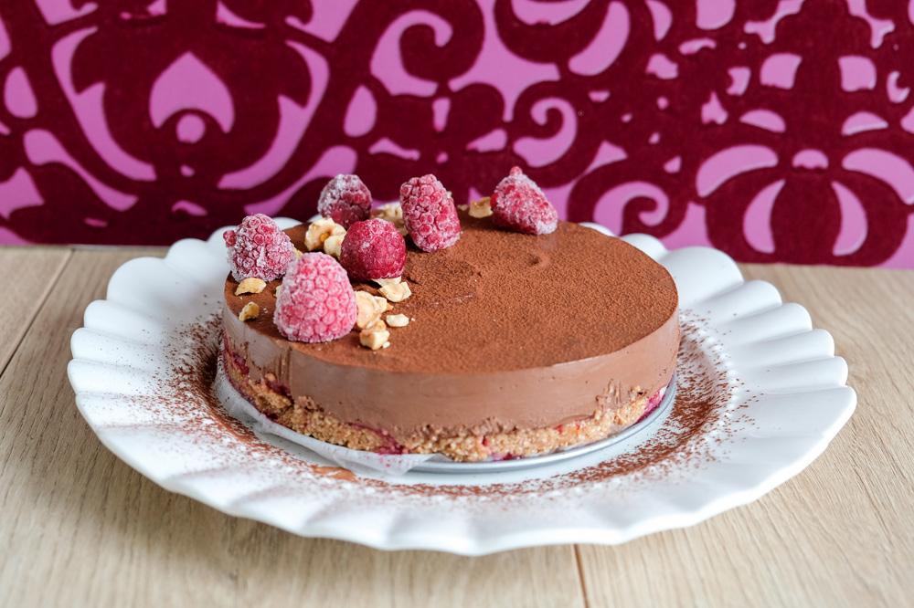 Diervriendelijk en geen oven nodig: veganistische no bake chocoladetaart, vegan