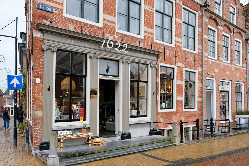 Mooi plaatsje, dat Dokkum, die gaat op mijn bucketlist. Rondreis Waddenkust, Friesland, Dokkum