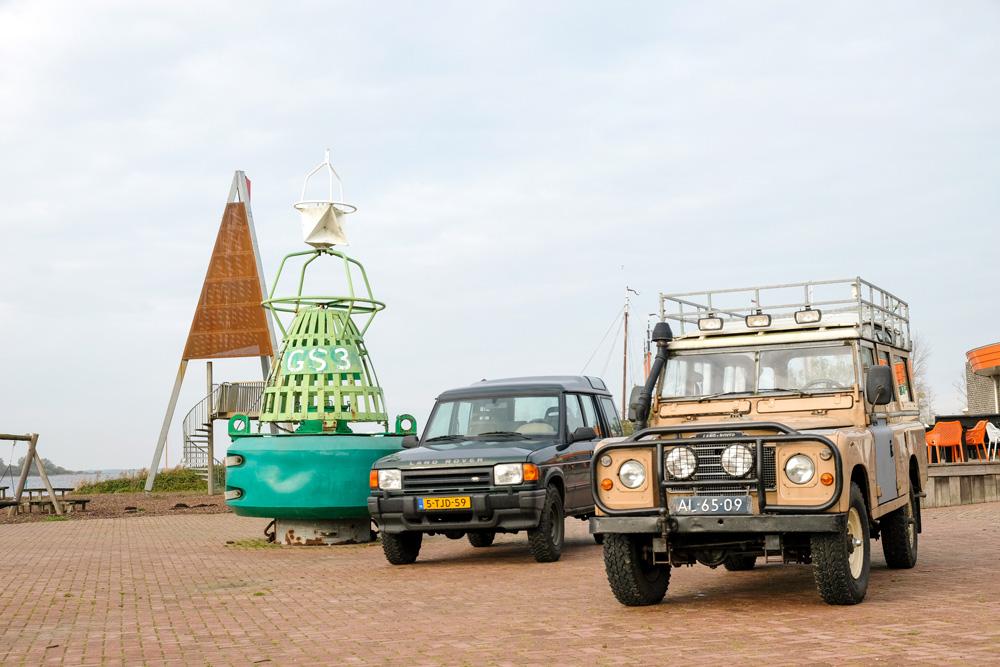Met een jeep Nationaal Park Lauwersmeer verkennen. Waddenkust rondreis, Groningen, Friesland