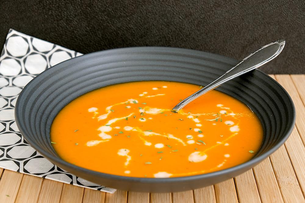 Voor Koningsdag: oranje paprika-soep