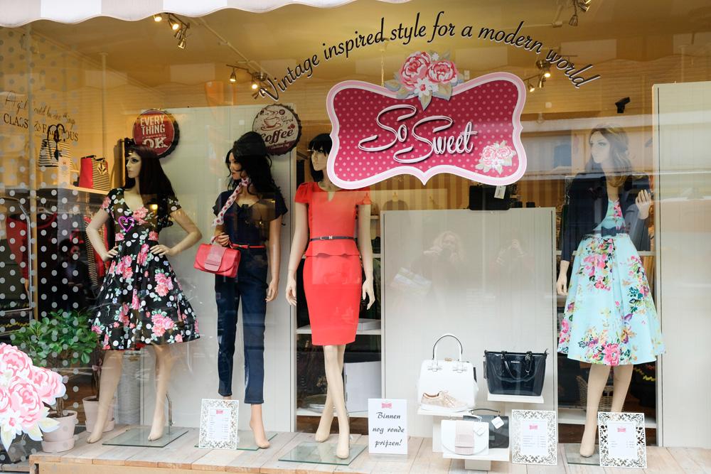 So Sweet verkoopt hippe kleding met een vintage uitstraling. Stedentrip Hasselt, Belgie, hotspots, wandelingen, winkels, winkelen, tips, wandelen