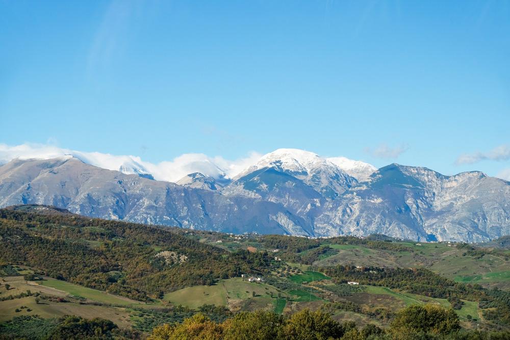 's Zomers wandelen in de bergen, 's winters kun je wintersporten.. Molise, Italie, duurzame rondreis in een ontontdekte regio. Moleasy