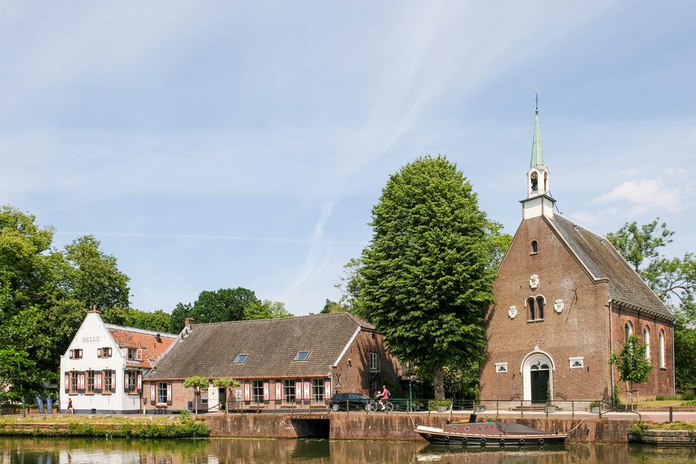 In dit kerkje trouwden mijn voorouders Cornelis Coninck en Gijsbertjen Gerrits, Oud-Zuilen