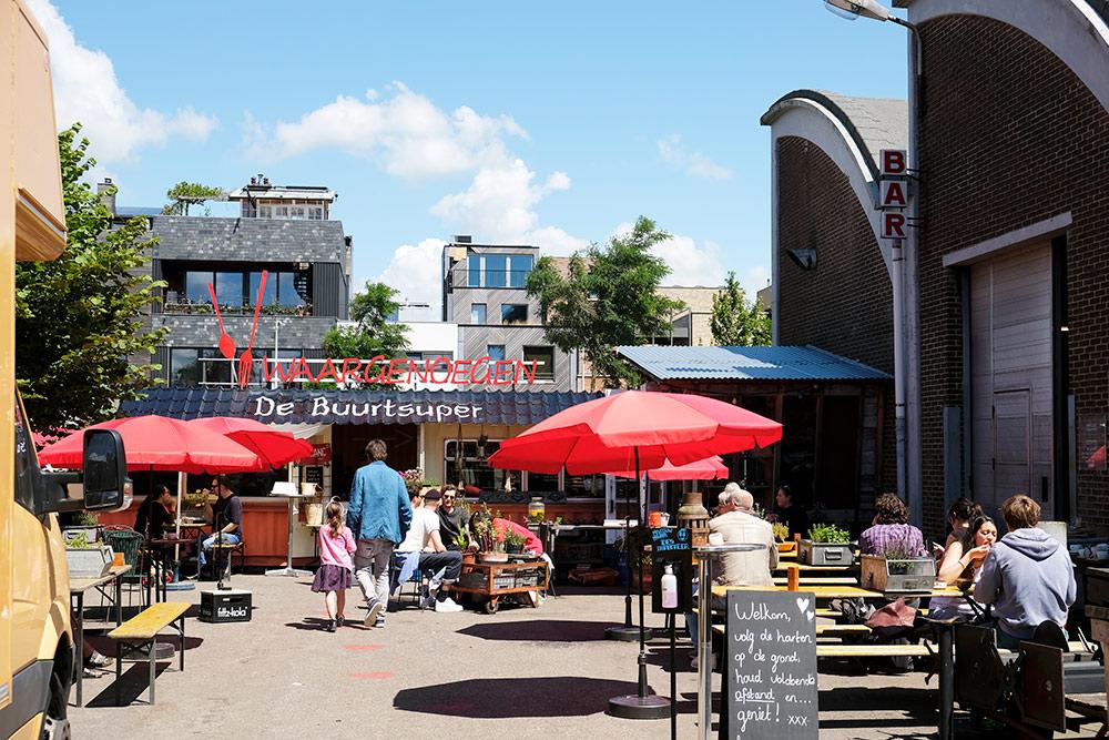 Koffie met appeltaart bij Waargenoegen. Wandelroute Amsterdam-Noord, wandelen, duurzaam